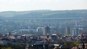 Blick auf Würzburg und die neue Autobahnbrücke (A3)