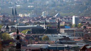 Würzburg: Blick auf St. Adalbero, St. Stephan und St. Peter und Paul