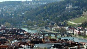 Würzburg: Blick auf das Mainviertel und die Pleich