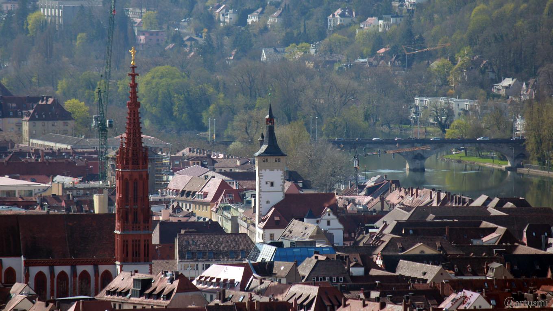 Würzburg: Marienkapelle - Grafeneckart (Rathaus) - Löwenbrücke (Ludwigsbrücke)