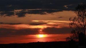 Sonnenuntergang am 16. April 2018 um 20:01 Uhr