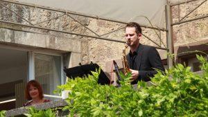 Erbachshof Art Project - Sonja Edle von Hoeßle und Saxophonist Cornelis Wünsch