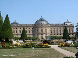 Residenz und Hofgarten in Würzburg am Main
