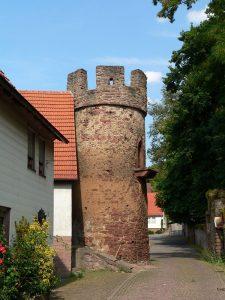 Wehrturm in Kreuzwertheim im Lkr. Main-Spessart