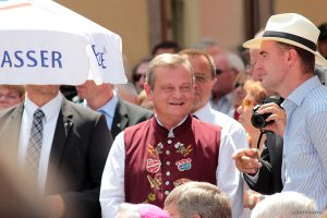 MdL Manfred Ländner beim Tag der Franken am 6. Juli 2014 in Ochsenfurt im Lkr. Würzburg