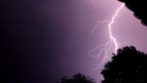 Erdblitz bei Gewitter am 5. Juli 2015 um 22:34 Uhr