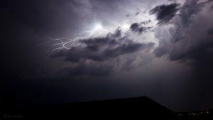 Wolkenblitze am 18. Juli 2015 um 01:44 Uhr