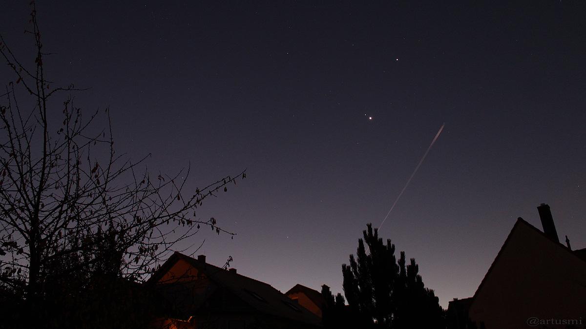 Konstellation von Mars, Venus und Jupiter am 11. Juni 2015 um 06:11 Uhr
