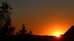 Sonnenuntergang am 1. Juli 2018 um 21:25 Uhr