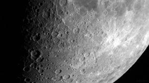 Krater unterhalb Mare Nectaris am 19. Juli 2018 um 21:34 Uhr