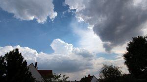 Wetterbild vom 4. August 2018 um 15:45 Uhr bei 34 Grad im Schatten