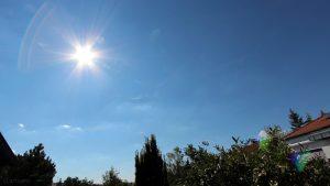 33 Grad im Schatten - Wetterbild vom 5. August 2018 um 16:27 Uhr