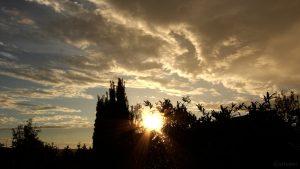 Untergehende Sonne am 13. August 2018 um 19:57 Uhr