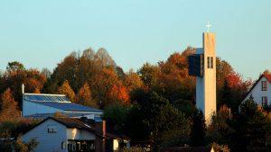 Philippuskirche in Eisingen am 12. Oktober 2018 um 18:07 Uhr