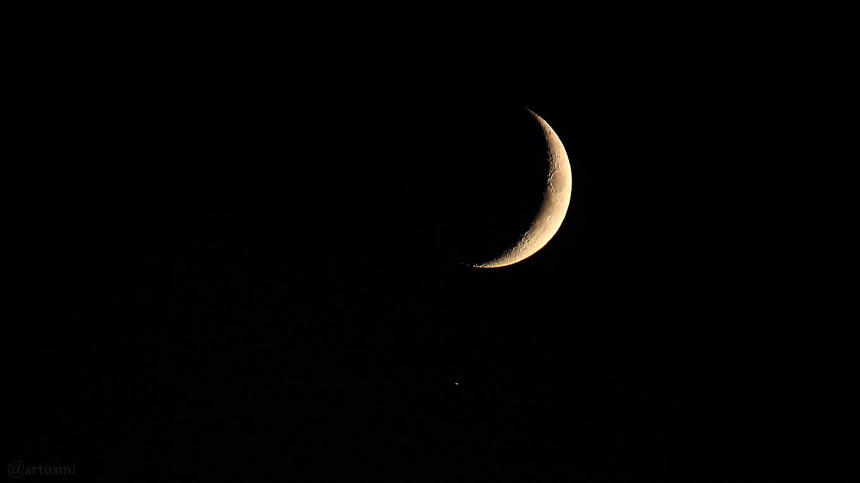Mond und Saturn am 11. November 2018 um 17:15 Uhr