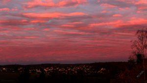 Morgenrot am 12. November 2018 um 07:26 Uhr Richtung Westnordwest