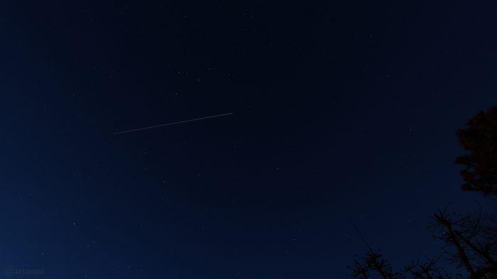 Strichspur der Internationalen Raumstation ISS am 31. Januar 2019 um 18:15 Uhr am Nordhimmel