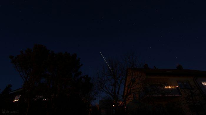 Strichspur der Internationalen Raumstation ISS am 31. Januar 2019 um 18:17 Uhr am Osthimmel