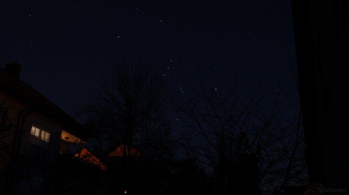 Sternbild Orion geht am Südosthimmel auf