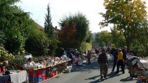 BRK-Straßenflohmarkt am 28. September 2008 in der Merowingerstraße