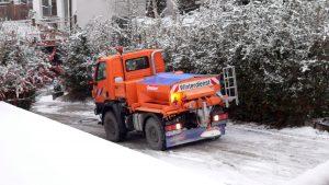 Neues Winterdienst-Kfz der Gemeinde Eisingen am 17. Dezember 2009 im Einsatz
