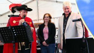 1. Bürgermeisterin Ursula Engert während der Eröffnung des Backhäuslesfestes am 28. Juni 2013