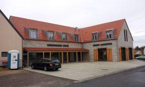 Am 10. November 2013 gab es die ersten Brötchen im neuen Gebäude am Place de Bernières-sur-Mer.