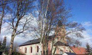 St. Nikolauskirche - Wetter: 9 °C, Wind aus W mit 21 km/h, 47 % Luftfeuchtigkeit.