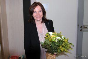 Bürgermeisterin Ursula Engert nach Bekanntwerden ihres Wahlsiegs im Rathaus Eisingen.