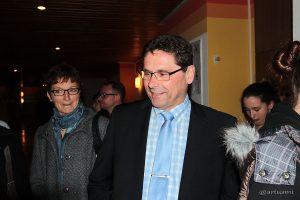 Ursula Engerts Gegenkandidat Helmut Fuchs im Schulhaus Eisingen.