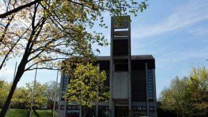 St. Josefskirche und Theater im St. Josefs-Stift