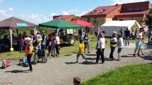 Beim Stiftsfest oberhalb des Labyrinths am 30. Mai 2019 in Eisingen