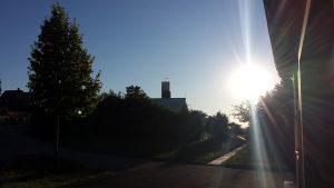 Neuer Friedhof und Philippuskirche in Eisingen