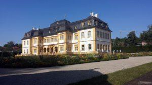 Schloss im Hofgarten in Veitshöchheim im Lkr. Würzburg