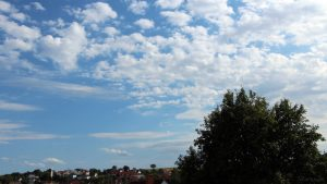 Wetterbild aus Eisingen vom 18. August 2019 um 16:49 Uhr bei über 30 Grad - Richtung Süden