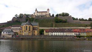 St. Burkard und Festung Marienberg in Würzburg am 12. September 2019