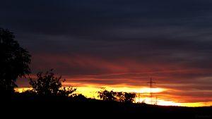 Nach dem Sonnenuntergang in Eisingen am 16. Oktober 2019 um 18:30 Uhr