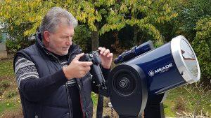 Artur Schmitt am Teleskop während des Merkurtransits am 11. November 2019