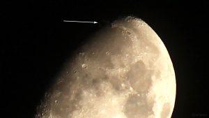 Goldener Henkel am 5. März 2020 um 00:04 Uhr am zunehmenden Mond
