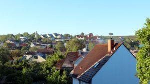 Reif auf den Dächern von Eisingen am 12. Mai 2020 um 07:26 Uhr