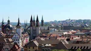 Blick auf die Altstadt von Würzburg am Main am 18. Mai 2020