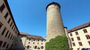 Bergfried der Festung Marienberg in Würzburg am 18. Mai 2020