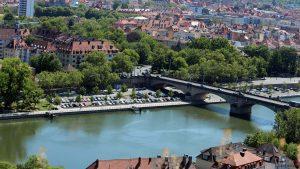 Ludwigsbrücke (ugs. Löwenbrücke) in Würzburg am Main