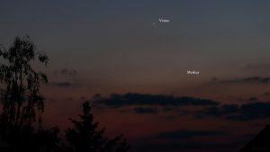 Venus und Merkur am 20. Mai 2020 um 22:03 Uhr am Nordwesthimmel von Eisingen