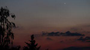 Venus und Merkur am 20. Mai 2020 um 22:05 Uhr am Nordwesthimmel von Eisingen