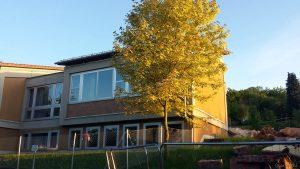 Teilabriss von Gebäuden der Grundschule Eisingen am 26. Mai 2020