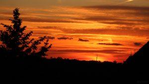 Sonnenuntergang am 26. Mai 2020 um 21:11 Uhr