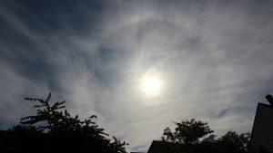 Sonnenhalo (22°-Ring) am 3. Juni 2020 um 09:06 Uhr