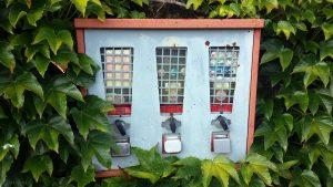 Kaugummiautomaten am 6. Juni 2020 in der Buchenstraße in Eisingen
