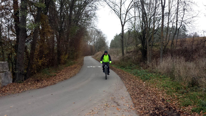 Radweg von der Staatsstraße 2312 in Richtung Staatsstraße 2298 nach Hettstadt am 25. November 2020